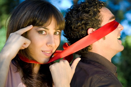 Blind Date Tips – Top Five Blind Date Faux Pas Men Make
